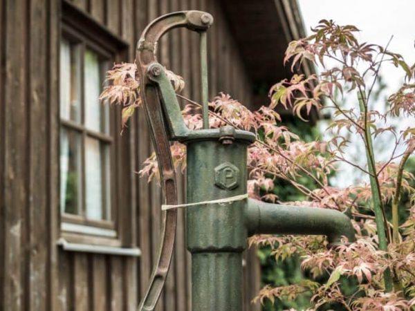 Gartenpumpe