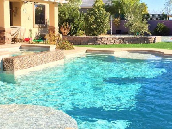 pool-service-las-vegas-residential-swimming-pool-service-pool-cleaning-pool-maintenance-las-vegas-2